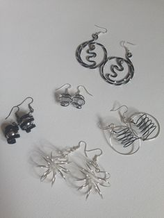 Here are some examples of my work using wire to create jewellery.