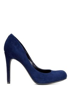 Shine like a diva in these blue suede pumps from Jessica Simpson! #lordandtaylor #projectrunway