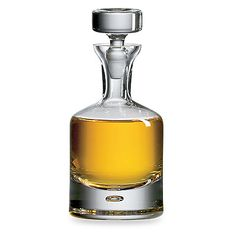 Oh so nice! The Ravenscroft Crystal Buckingham Decanter will be the talked about centerpiece of your bar or liquor cabinet. It is a classically styled, lead free crystal, whiskey or spirits decanter. Wine Decanter Set, Whiskey Decanter, Crystal Decanter, Whiskey Bottle, Whiskey Glasses, Glass Crystal, Home Design, Wine Bottle Opener, Cheap Wine
