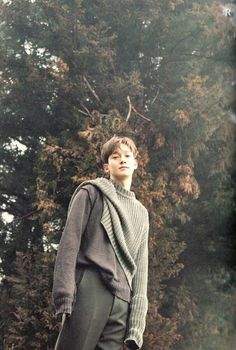 EXO Chen mini album April and A Flower album scan 'April Ver' Baekhyun Chanyeol, Exo Chen, Daejeon, Kai, Luhan And Kris, Exo Album, Exo Official, Kim Jongdae, Fandom