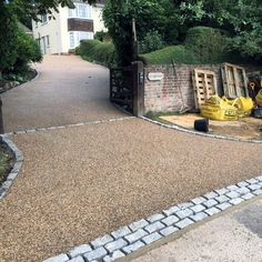 Discover how to boost your home's curb appeal with the top 60 best gravel driveway ideas. Explore unique entrances and landscaping designs. Gravel Landscaping, Gravel Driveway, Farmhouse Landscaping, Modern Landscaping, Front Yard Landscaping, Landscaping Ideas, Gravel Pathway, Hydrangea Landscaping, Paving Ideas