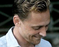 Loki Laufeyson (czyt. Tom Hiddleston) - Urodzony gdzieś na przełomie … #losowo #Losowo #amreading #books #wattpad