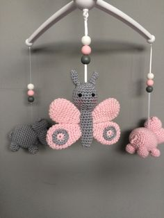 Knitting Toy Butterfly Making - Handmade That Crochet Patterns Amigurumi, Crochet Toys, Free Crochet, Baby Barn, Crochet Mobile, Newborn Toys, Unique Baby Gifts, Yarn Crafts, Mobiles