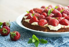 Jordbærtærte - opskrift på den bedste klassiske jordbærkage