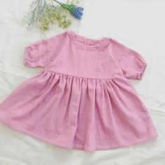 How to make a child's natural dress Handmade Baby, Clothing Patterns, Baby Kids, Rompers, Summer Dresses, How To Make, Clothes, Tops, Women