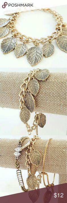 Gold Large Link Leaf Charm Bracelet Large gold link leaf charm bracelet with lobster claw clasp. Jewelry Bracelets