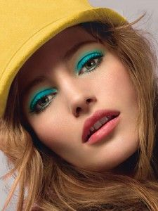 spring makeup 70's inspired.  Love the turquoise!