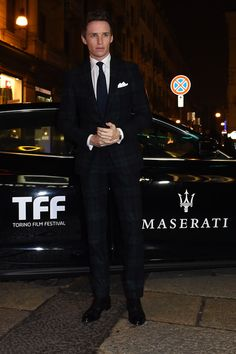 Eddie Redmayne in Ralph Lauren Purple Label at the 32th Turin Film Festival  #suits
