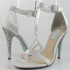 BETSEY JOHNSON BELLS Ivory Satin Womens Designer Open Toe Wedding Heels 7.5
