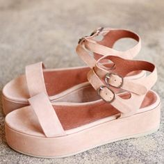 Didn't think I'd like a pair of pink shoes, but these sandals are awesome