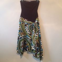 Caché Dress Size 2. True to size. Zips on the side. Cache Dresses Strapless