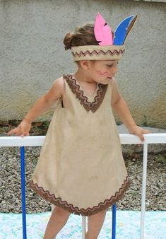 fancy dress ideas for kids indian Indian Costumes, Girl Costumes, Indian Costume Kids, School Dresses, Girls Dresses, Diy Dress, Dress Up, Robe Diy, Fancy Dress For Kids