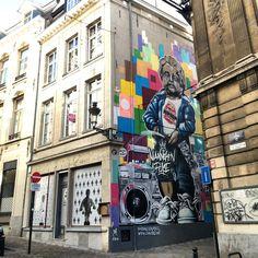 Street art Bruxelles manneken pis mon éte 2016