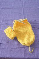 4. etasje med heis: Påskepyntproduksjon Knitted Hats, Knitting, Fashion, Knit Hats, Moda, Tricot, La Mode, Knit Caps, Breien