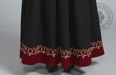 Sognebunad til dame - BunadRosen AS Skirts, Fashion, Moda, La Mode, Skirt, Fasion, Fashion Models, Trendy Fashion, Skirt Outfits