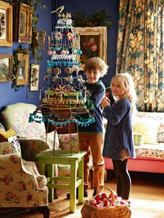 Make a lampshade Christmas tree