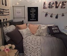 Cute teenage girl room decorating ideas themes for girls bedroom design Dream Rooms, Dream Bedroom, Girls Bedroom, Bedroom Decor, Bedroom Ideas, Bedroom Designs, Teen Bedrooms, Bedroom Furniture, Girl Rooms