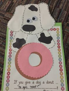If you give a dog a donut! Fall Preschool, Preschool Books, Book Activities, Preschool Activities, Preschool Plans, Kindergarten Crafts, Letter D Crafts, Daniel And The Lions, Laura Numeroff