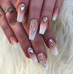 Ombré and Crystal Pixie ✨. Ongles Bling Bling, Rhinestone Nails, Bling Nails, Rhinestone Nail Designs, Bling Wedding Nails, Jewel Nails, Dope Nails, My Nails, Gems On Nails