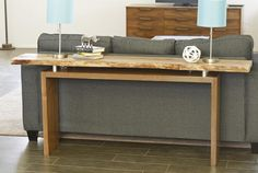 With the clean lines of this floating top console/sofa table, you can add any kind of top you would like. Construct a top out of wood, concrete, or even a live-edge slab to create a custom look. Plan can be adapted for custom-milled hardwood or off-the-shelf lumber. FREE PLANS from @pneumaticaddict at buildsomething.com