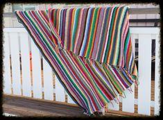 Vastarannan virkkaaja: Parin pylvään peitto Blanket, Diy, Bricolage, Do It Yourself, Blankets, Cover, Comforters, Homemade, Diys