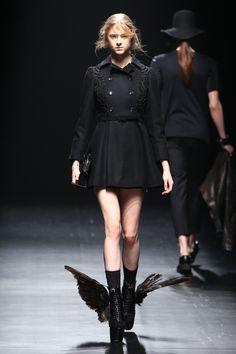 Modern Fashion, Fashion Show, Fashion Outfits, Womens Fashion, Fashion Design, Dada Clothing, Capitol Couture, Fancy Skirts, Military Fashion