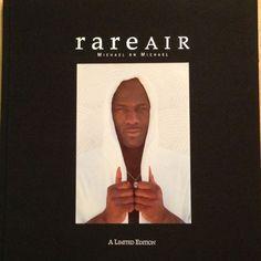 MICHAEL JORDAN AUTOGRAPHED RARE AIR BOOK