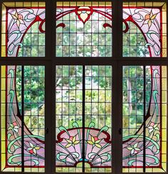 Stained glass windows #PerrierJouet #artnouveau