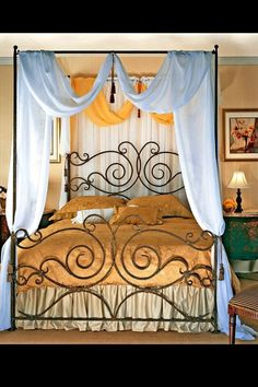 wrought iron canopy bed - I would love this for my room, in a Cal. Wrought Iron Headboard, Wrought Iron Decor, Dream Bedroom, Home Bedroom, Bedroom Decor, Iron Canopy Bed, Canopy Curtains, Canopy Beds, Dreams Beds