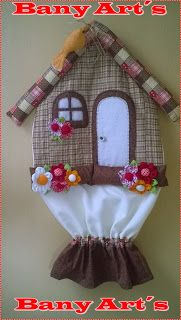 BANY ART'S: PUXA SACO CASINHA EM PATCHWORK Sewing Crafts, Sewing Projects, Seed Bead Crafts, Peg Bag, Plastic Bag Holders, Towel Crafts, Sewing Aprons, Tea Art, Arts And Crafts