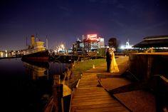 downtown baltimore wedding 1 550x367 Waterfront Wedding Location Ideas