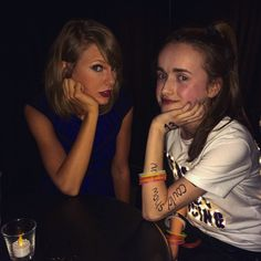Taylor and a fan in Loft '89 Glasgow!