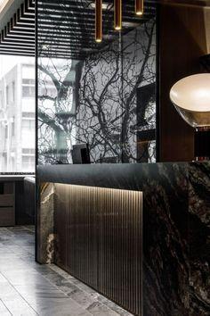Reception Counter Design, Office Reception Design, Bar Counter Design, Salon Reception Area, Reception Desks, Design Hotel, Design Salon, Salon Interior Design, Design Design