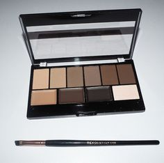 Makeup Revolution Brow Expert