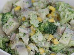 Sałatka śledziowa z brokułem Tortellini, Potato Salad, Potatoes, Ethnic Recipes, Food, Potato, Essen, Meals, Yemek