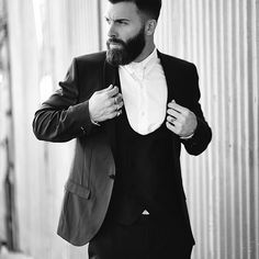 Get our Lock, Stocke & Barrel clay pomade and have your hair like top LA model @levistocke! Buy online via the website:  www.apothecary87.co.uk #Apothecary87 #TheManClub #LeviStocke  Photo @gilsphotography