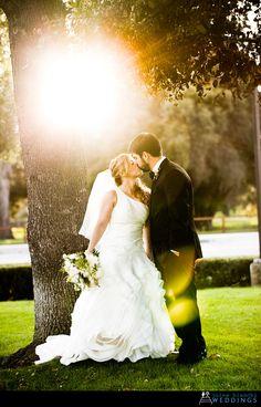 palo alto, jules bianchi, sun glare, kissing, couple, wedding