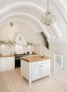 48 Simple Awesome White Wood Beams Ceiling Ideas For Home Or Cottage - Trendecorist Beautiful Kitchens, Cool Kitchens, White Kitchens, Dream Kitchens, Ceiling Design, Ceiling Ideas, Wood Beams, Scandinavian Home, New Kitchen