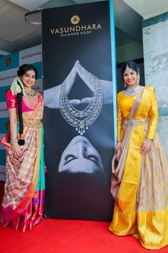 Beautiful South Indian Wedding Wear Idea :- AwesomeLifestyleFashion Different Culture have their own look and style and Kanjivaram and. Lehenga Saree Design, Half Saree Lehenga, Lehenga Style, Saree Look, Lehenga Designs, Saree Blouse, Mehndi Designs, Half Saree Designs, Sari Blouse Designs