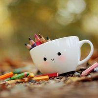Color with me? by *lieveheersbeestje on deviantART, simple Kawaii mug design. Kawaii Diy, Kawaii Cute, Deco Pastel, Desu Desu, Cute Cups, All Things Cute, Cute Wallpapers, Cute Pictures, Hello Kitty