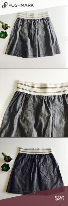 Tiny skirt Gray woven skirt with contrasting wide elastic waist and zipped pockets. Size S. In excellent condition. Anthropologie Skirts