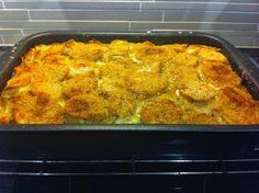 Liian hyvää: Lohilaatikko Fish Recipes, Cauliflower, Macaroni And Cheese, Salmon, Food And Drink, Chicken, Meat, Vegetables, Cooking