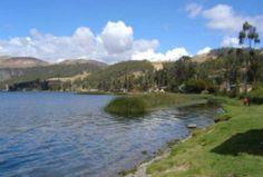 """Viaje a Apurímac y conozca una de las lagunas más grandes del Perú.  Una de las más grandes y bellas lagunas del Perú es la """"Laguna de Pacucha"""" ubicada en el distrito del mismo nombre en la provincia de Andahuaylas, en el departamento de Apurímac."""