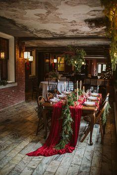 Small Winter Wedding, Outdoor Winter Wedding, Winter Wedding Receptions, Wedding Venues, Winter Weddings, Wedding Ideas, Christmas Lodge, Christmas Wedding, Snow Wedding