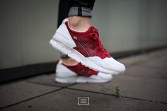 "Asics Gel-Lyte V ""Burgundy"" – Foot Locker exclusive 