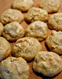 Grandma's Fabulous Praline Cookie Recipe Lemon Cake Mix Cookies, Lemon Cake Mixes, Candy Cookies, Cupcake Cookies, Holiday Cookies, Cupcakes, Easy Cookie Recipes, Dessert Recipes, Cookie Ideas