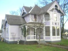 Historic Properties for Sale - The Lovelady House -1869 Oregon Victorian in Wine Country - Dallas, Oregon