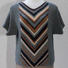 front-back fra perlestrik Knitting Machine Patterns, Sweater Knitting Patterns, Knitting Designs, Knit Patterns, Knitting Blogs, Knitting Stitches, Baby Knitting, Crochet Blouse, Knit Crochet