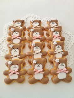Cute Teddy Bear cookies.
