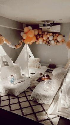 Fun Sleepover Ideas, Sleepover Birthday Parties, Girl Sleepover, Bedroom Themes, Room Decor Bedroom, Girls Bedroom, Teepee Party, Aesthetic Room Decor, Diy Party Decorations